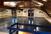 Tanzsaal-Studiobuehne